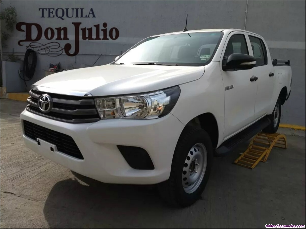 Toyota hilux sr 4x4 doble cabina 2017